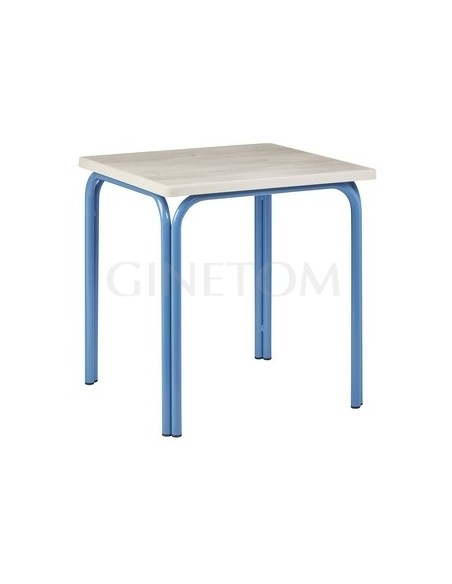 Mesa terraza color azul con tablero sevelit roble nautico